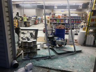 anthonys glass and mirrors commercial installation storefront window replacement 04