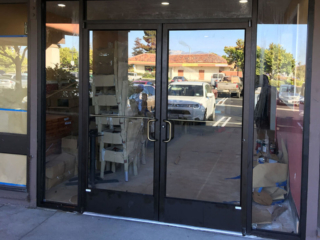 anthonys glass and mirrors commercial installation store entrance window replacement 03